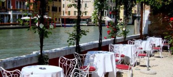 luxury hotel in center of venice