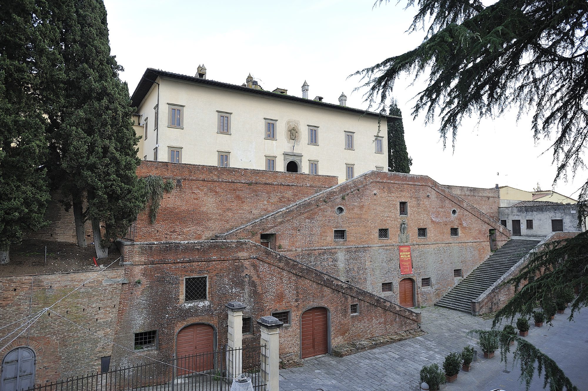 Villa Cerreto Guidi close to Florence